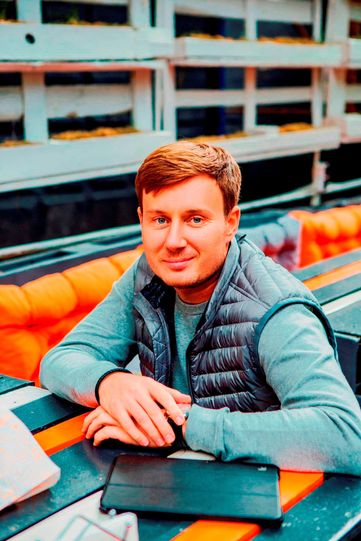 Roman Tugashev Ulichnaya eda